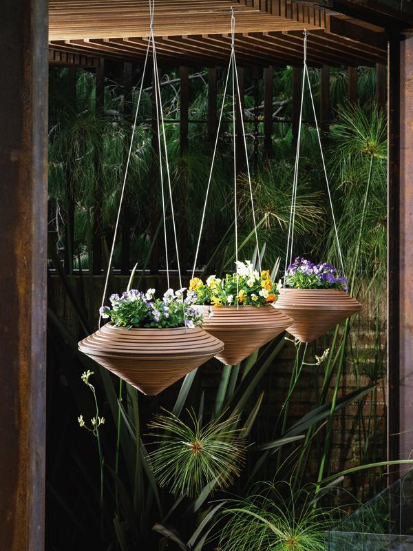 crecent planters